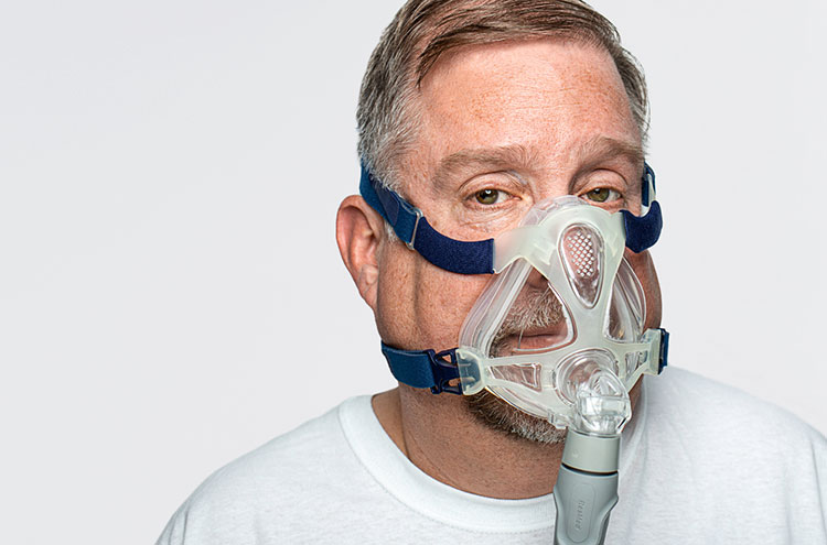 Man with CPAP mask